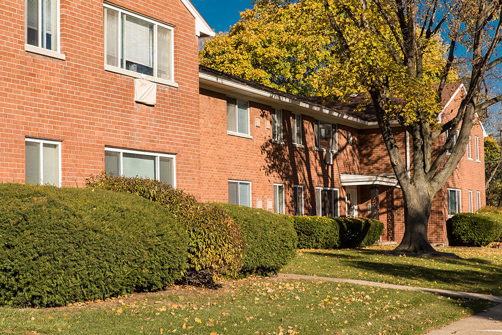 Parklane Apartments for rent in Rochester NY